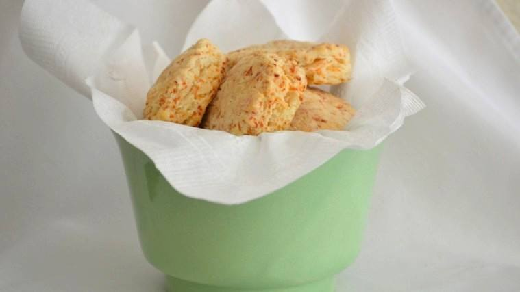 copycat_cheese_biscuits_large